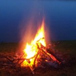 lake_campfire